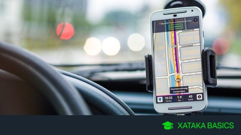 Cómo utilizar el GPS del coche para llamar con el teléfono móvil en modo manos libres
