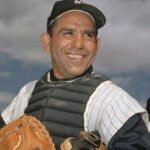 33 mejores frases de Yogi Berra sobre el éxito y el béisbol