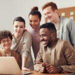 ¿Cómo contratar un equipo de desarrollo de software offshore?